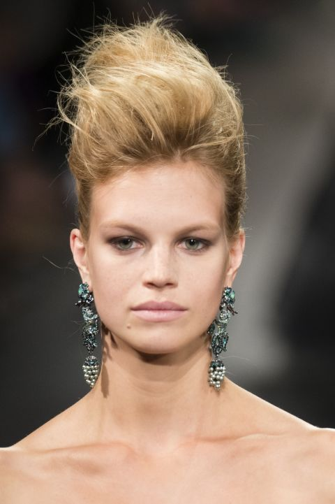 sfilate-primavera-estate-2018-new-york-trend-beauty-marchesa
