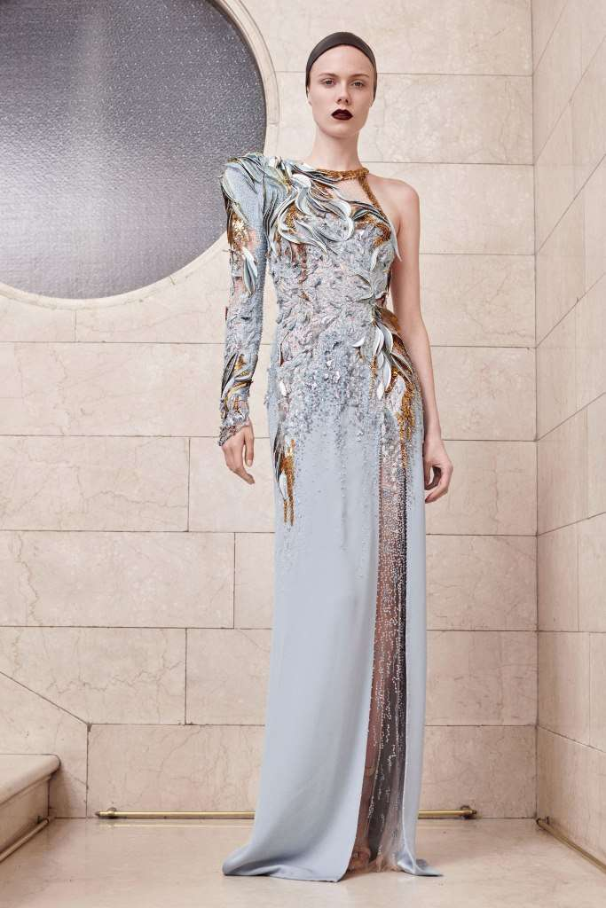 vestito-azzurro-e-oro-atelier-versace
